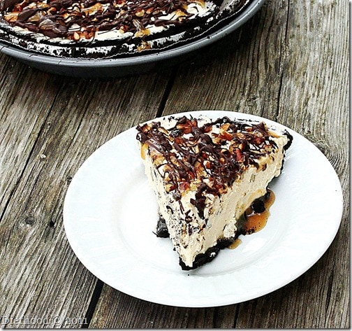Snickers and Turtles Pie – Snickurtle Pie