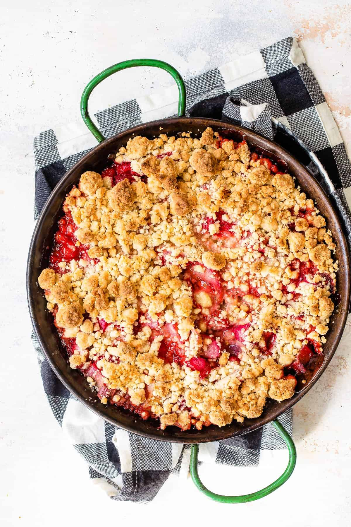 Baked strawberry rhubarb crumble.