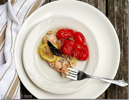 salmon and tomatoes en papillote