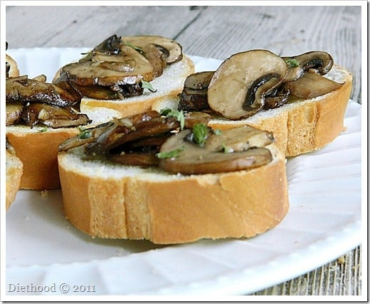 DSCN0903 thumb Back to the Roots: Mushroom Bruschetta and a Giveaway!