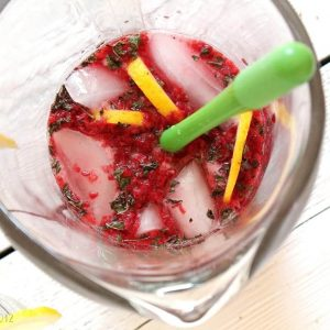 Raspberry-and-Lime-Soda-Lemonade.jpg