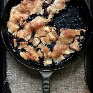 Skillet Apple Berry Pie