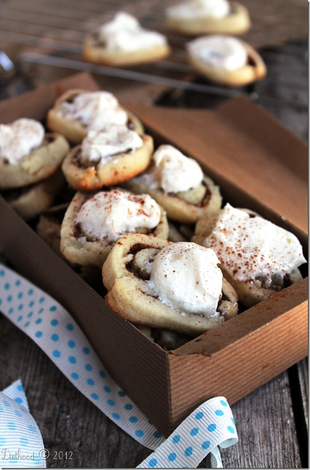 cinnamon cookies thumb Cinnamon Roll Sugar Cookies with Cream Cheese Frosting