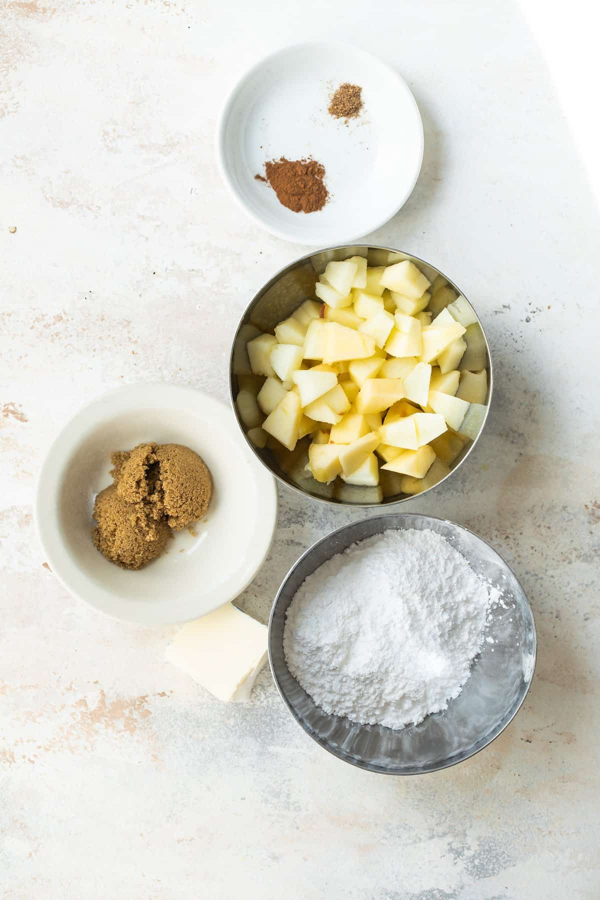 Ingredients for fried apples.