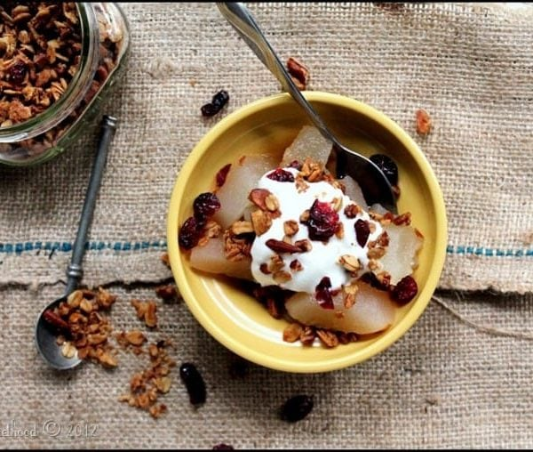 Maple Nut Granola | www.diethood.com