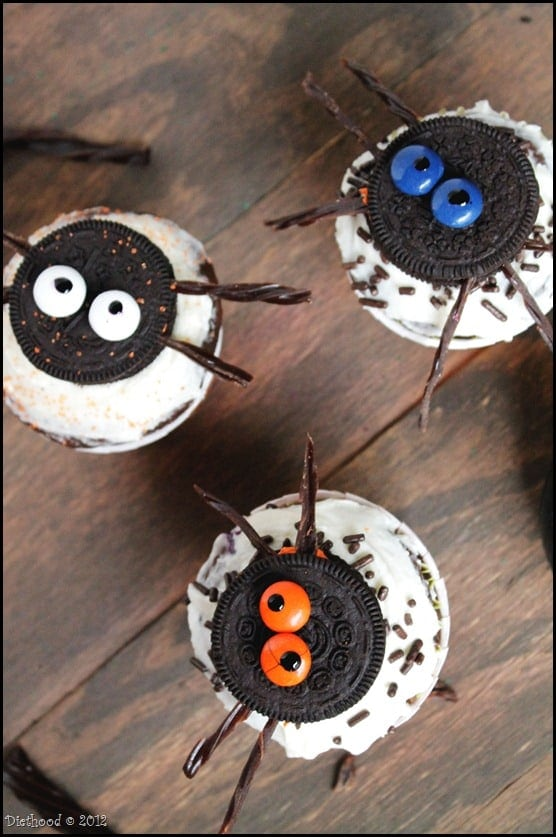 oreo cupcakes 2 thumb Spider Oreo Cupcakes