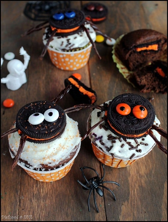 oreo cupcakes 4 thumb Spider Oreo Cupcakes