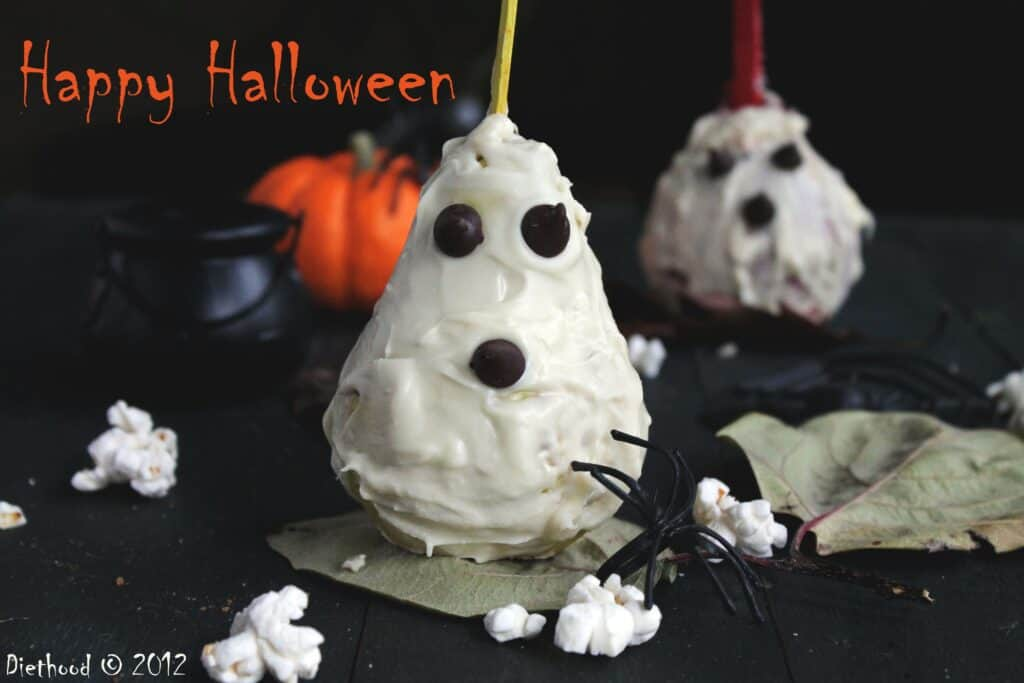 Halloween Pear Ghosts from Diethood