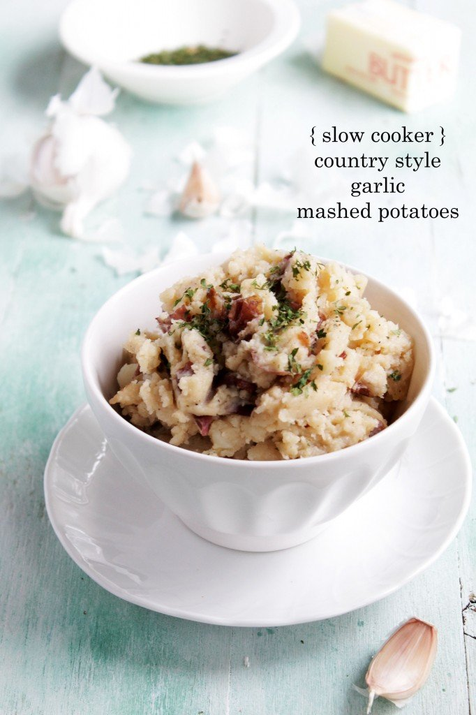Slow Cooker Country Style Garlic Mashed Potatoes @diethood