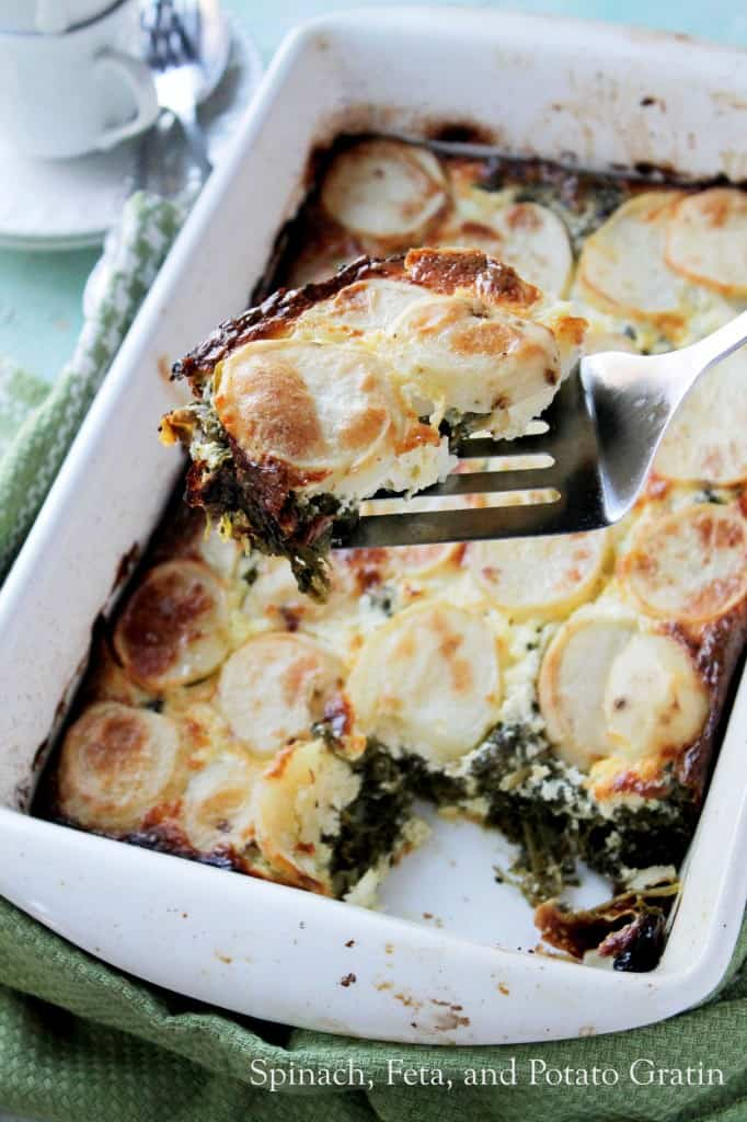 Spinach, Feta, and Potato Gratin | www.diethood.com | #gratinrecipe #dinner #recipe #vegetarian #bake