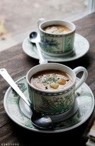 Slow Cooker Leek and Potato Soup via @diethood | www.diethood.com | #slowcooker #dinner #potatoes #soup #recipe