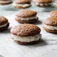 Gingerbread Whoopie Pies with Vanilla Buttercream Filling | www.diethood.com | #cookies #christmas #whoopiepies #gingerbread #frosting