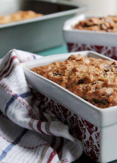 Orange Date & Nut Loaf | www.diethood.com | #recipes #quickbread #twelveloaves