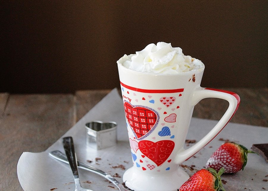 mug cake 3wp #TopChef Recap + Strawberries and Cream 3 Minute Mug Cake