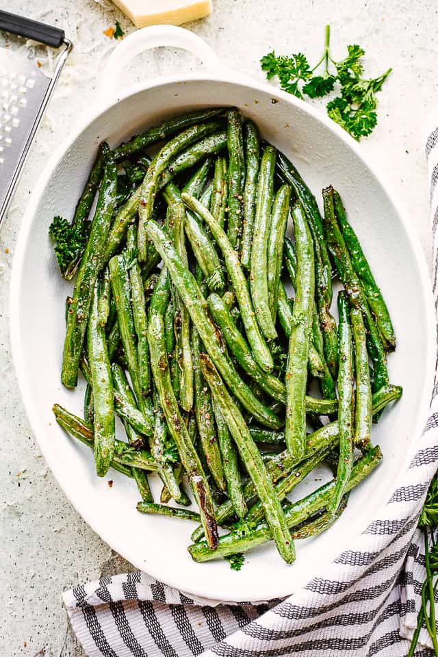 Easy Roasted Green Beans Recipe With Parmesan Diethood