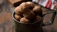 Banana, Orange and Chocolate Truffles | www.diethood.com | #chocolate #recipe #cookies #dessert