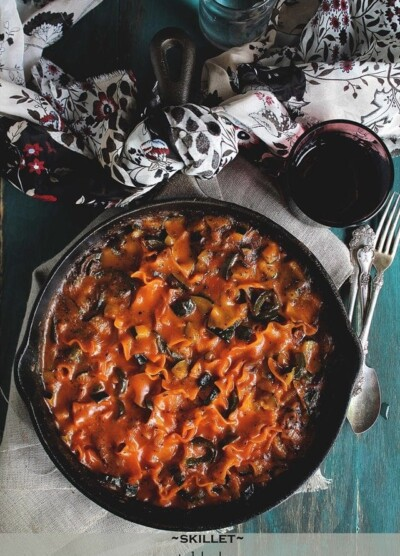 Skillet Vegetable Lasagna | www.diethood.com | #recipe #dinner #lasagna #vegetarian
