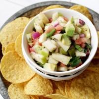 Apple Avocado Salsa with Honey-Lime Dressing | www.diethood.com | #recipe #salsa #avocados #appetizer #snack