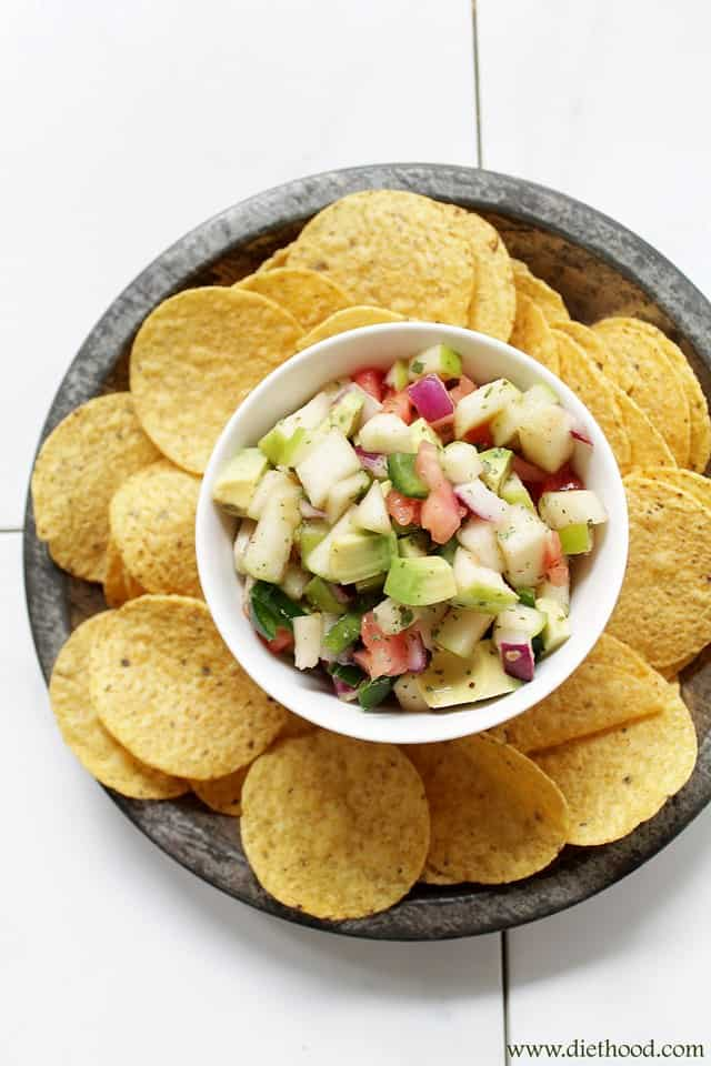 Apple Avocado Salsa with Honey-Lime Dressing | www.diethood.com | #recipe #salsa #avocados #appetizer #snack