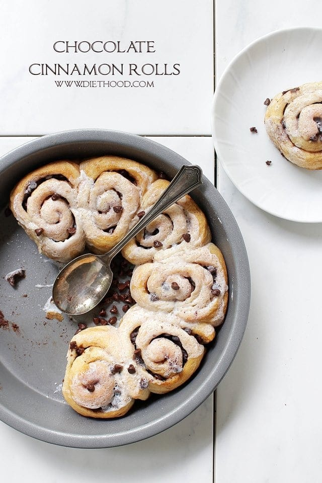 Chocolate Cinnamon Rolls Diethood Chocolate Cinnamon Rolls