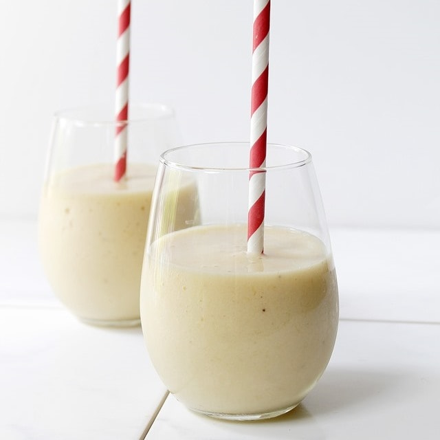 Mango Banana Smoothie | Diethod