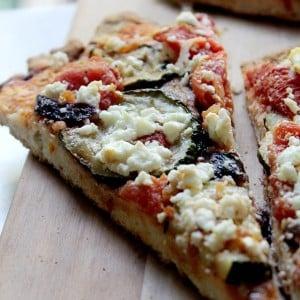 Zucchini Goat Cheese Pizza | www.diethood.com | #pizza #recipe #zucchin