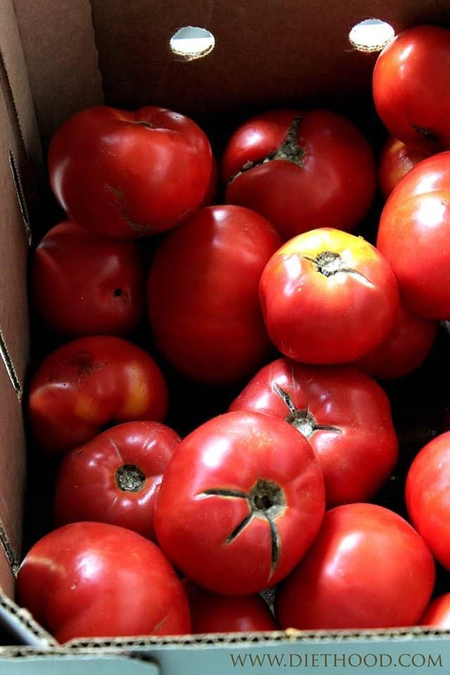Garden Tomatoes | www.diethood.com