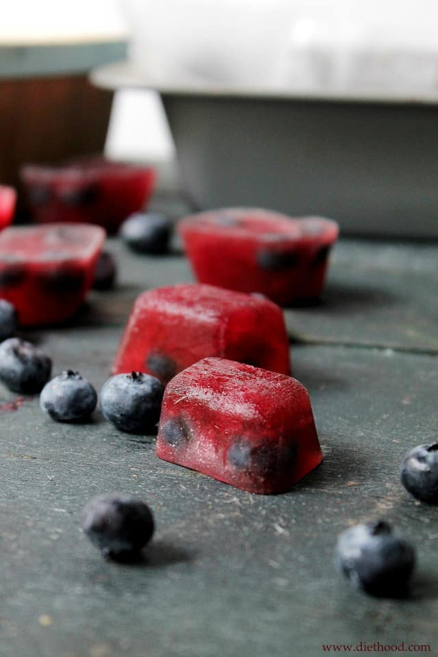 Blueberry Pomegranate Hibiscus Pops | www.diethood.com | #PerfectTemp #recipe