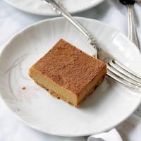 Pretzel Peanut Butter Cheesecake | www.diethood.com | #peanutbutter #cheesecake #recipe