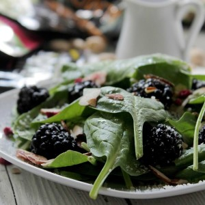 "Thingamajig Tuesdays: Spinach Blackberry Salad with ""Wonderful Almond Accents"" #WonderfulSummer {Giveaway}"
