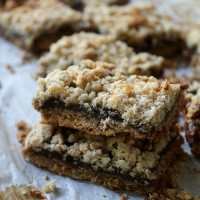 Granola Bars with Fig Jam