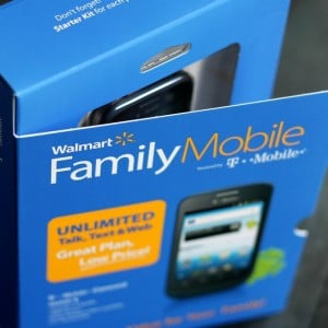 Saving for the Holidays with Walmart Family Mobile