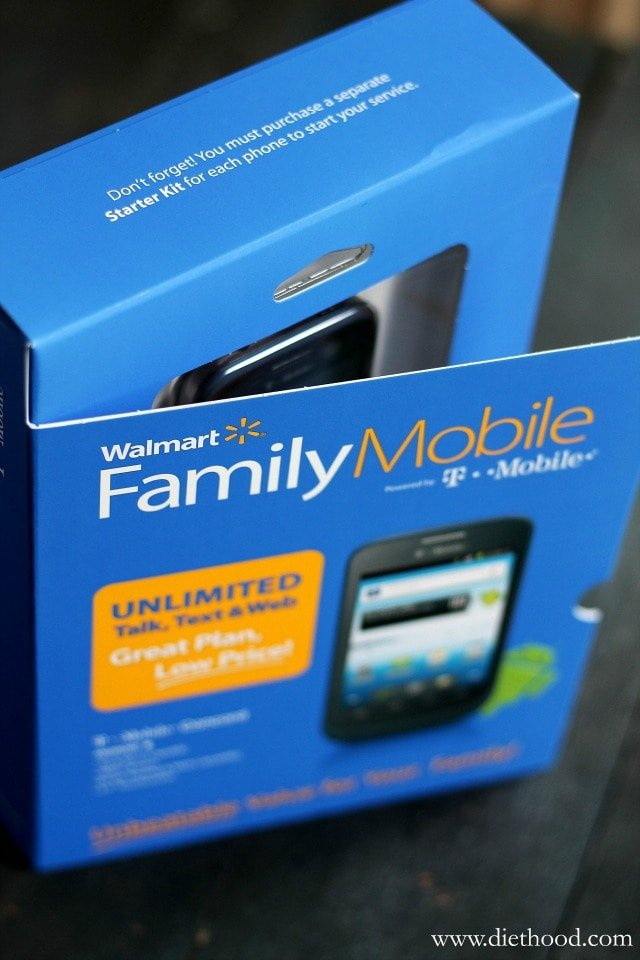Saving for the Holidays with Walmart Family Mobile | www.diethood.com | #FamilyMobileSaves #shop #cbias