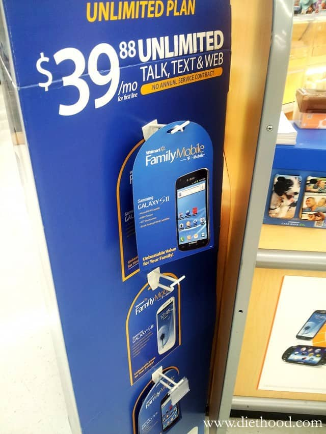 Saving for the Holidays with Walmart Family Mobile | www.diethood.com | #FamilyMobileSaves #cbias #shop