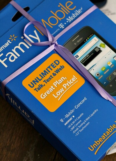 Saving for the Holidays with Walmart Family Mobile Cheap Wireless Plan   www.diethood.com   Saving for the Holidays with a new phone and a Walmart Family Mobile Plan.   #FamilyMobileSaves #shop #cbias