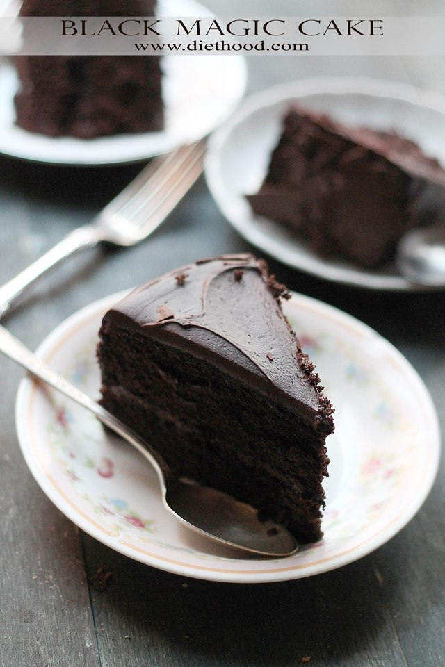Black Magic Chocolate Cake | www.diethood.com
