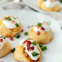 Loaded Potato Pinwheels | www.diethood.com | Delicious and flaky puff made with Pillsbury Crescent Dinner Rolls and stuffed with a potatoes, bacon, and cheese mixture. | #recipe #appetizers #loadedbakedpotato #pillsburyholidaybloggers