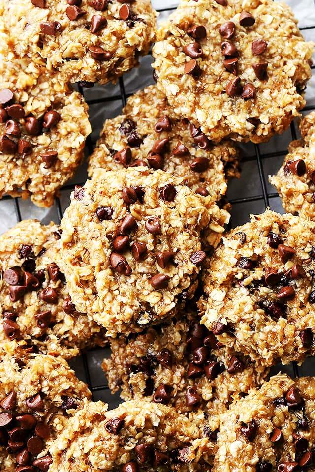 Banana Oats Chocolate Chip Cookies - Delicious, healthy cookies made with just 4 ingredients; bananas, oats, honey and chocolate chips!