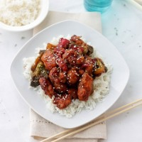 General Tso's Chicken | www.diethood.com | Spicy, sweet, tender, insanely delicious General Tso's Chicken! | #recipe #chicken