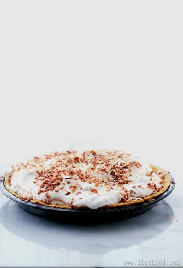 Banana Coconut Cream Pie | www.diethood.com | Flavorful and luscious Cream Pie made with Cream of Coconut and Bananas