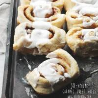 30-Minute Caramel Sweet Rolls | www.diethood.com | 30-Minute Caramel Sweet Rolls; no rise time, no kneading, no waiting! They are easy, quick, and best of all, delicious! | #recipe #cinnamonrolls #caramel #sweetrolls