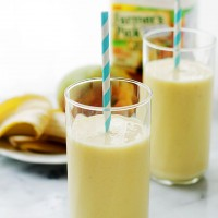 Banana Mango Smoothies | www.diethood.com | Banana Mango Smoothies made with fresh mangoes, bananas, yogurt and Farmer's Pick by Welch's 100% Mango Juice. | #recipe #smoothies #farmerspick
