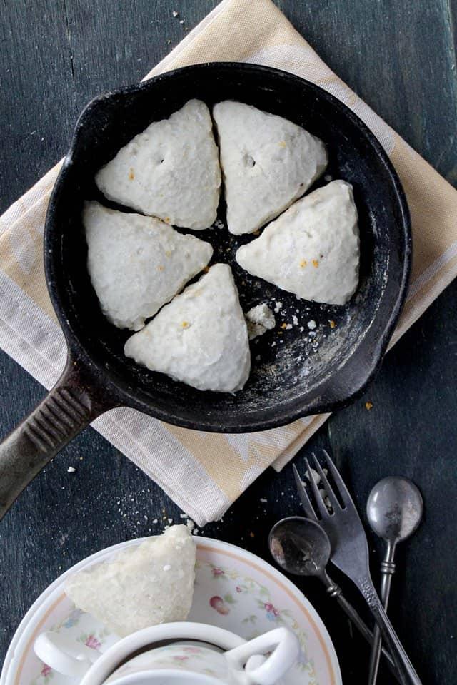 Petite Orange and Vanilla Scones | www.diethood.com
