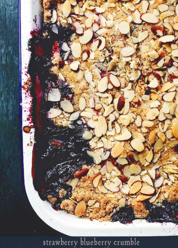 Strawberry Blueberry Crumble | www.diethood.com | Strawberries and Blueberries baked with a delicious, crunchy topping of sugar, flour, butter and almonds. | #recipe #pie #berries #crumble
