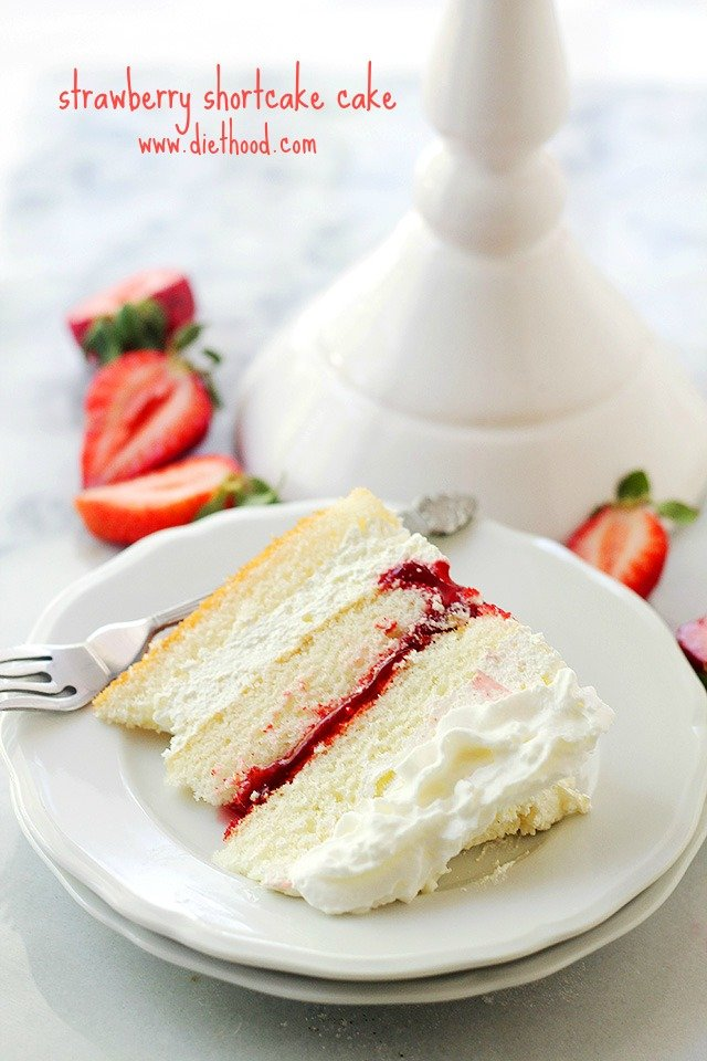 Cake With Whipped Cream Frosting And Strawberries : Strawberry Shortcake Cake Recipe Diethood
