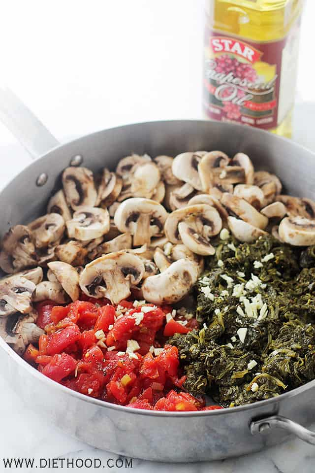 Stuffed Shells Florentine   www.diethood.com   Jumbo Pasta Shells stuffed with a flavorful spinach, tomato, and mushroom mixture.   #recipe #stuffedshells #spinach