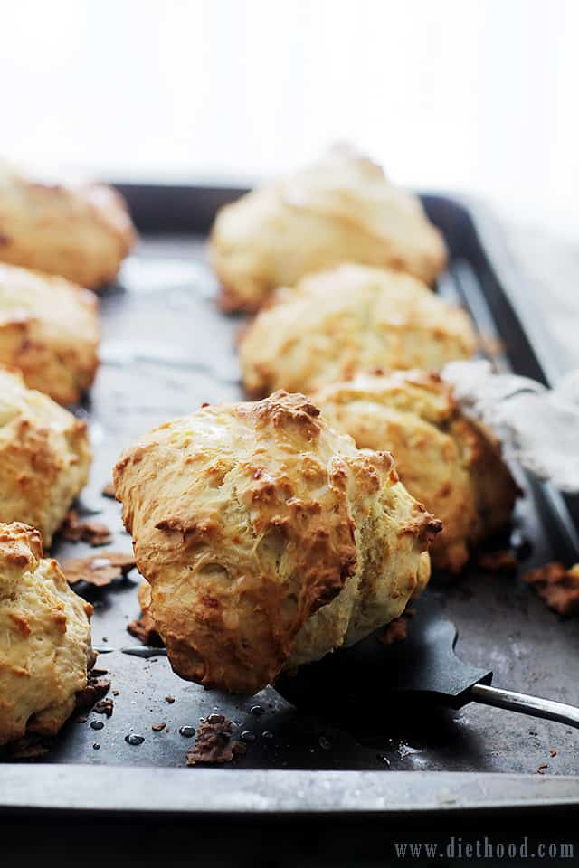 Banana Bread Scones | www.diethood.com | The sweet and delicious taste ...