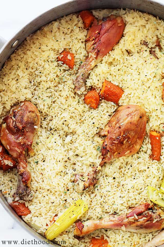 Chicken and Rice Casserole | www.diethood.com | Moist and tender chicken pieces nestled on a bed of delicious baked rice.