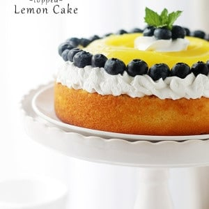Lemon Curd-Topped Lemon Cake | www.diethood.com | Sweet and delicious Lemon Cake topped with a bright and creamy Lemon Curd. Citrus-Lovers, REJOICE!