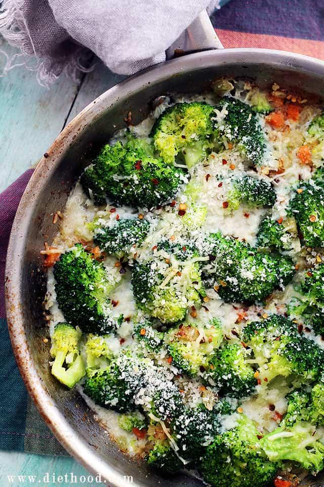 Cheesy Broccoli Casserole | www.diethood.com | An amazing vegetarian ...